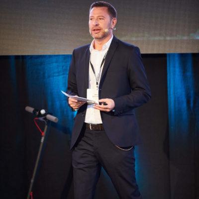 iCONSMr 2019 Marcus Wailersbacher CEO DEFACTO